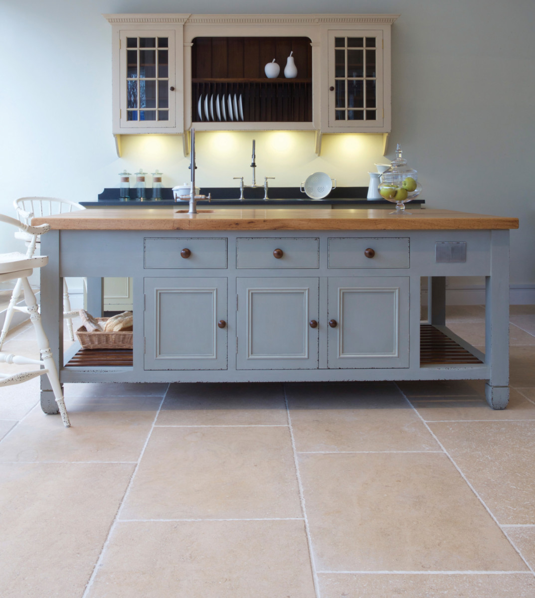 limestone flooring kitchen floor tiles 2