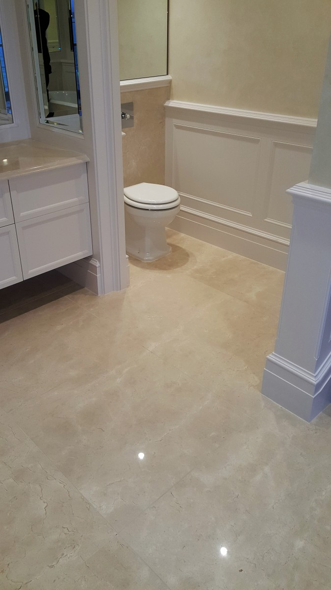 Crema Marfil marble flooring bathroom 2