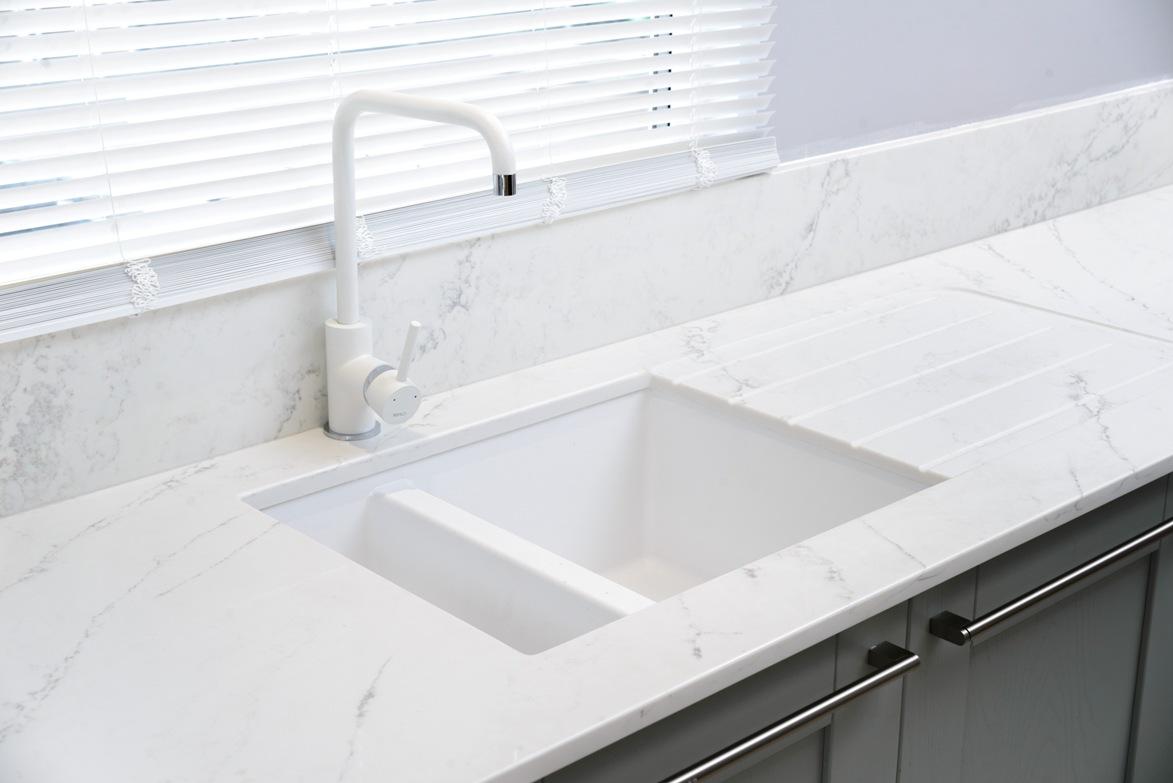 quartz kitchen worktops sink cutout drainer grooves 1