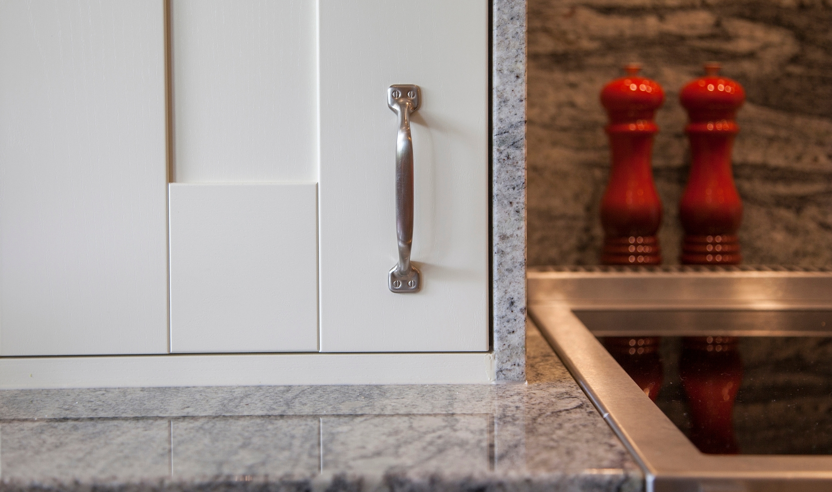 Trend Painted Ivory with Kinawa Granite Tops (18) web