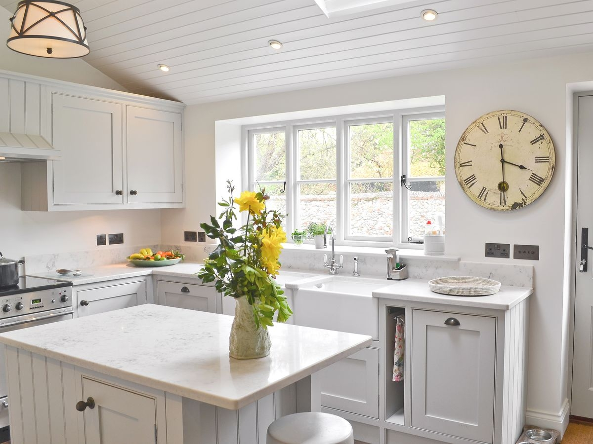 carrara onyx march barn cottage kitchen island 1
