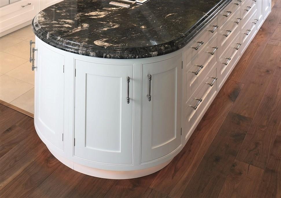 Ogee over Bullnose edge detail kitchen worktops 1