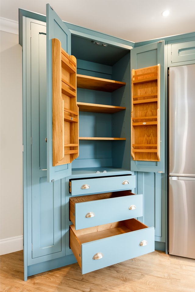 kinawa white granite bh kitchens 4